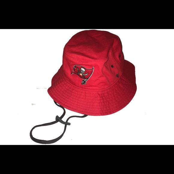 1876f004 New Era 47 Tampa Bay Buccaneers Bucket Hat